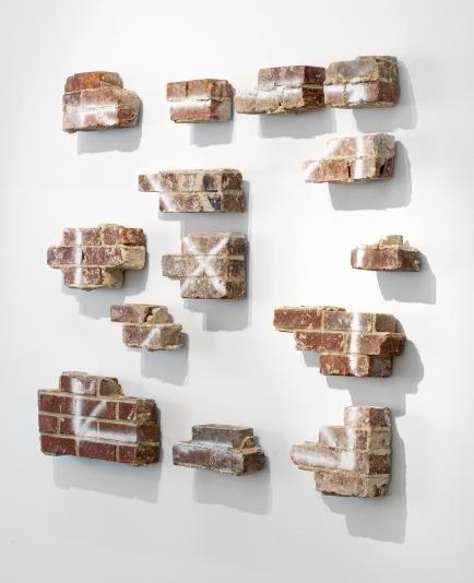 Pablo-Rasgado-Ventana-2019-Bricks-133-x-168-cm